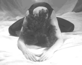 postures de base du yoga. Black Bedroom Furniture Sets. Home Design Ideas